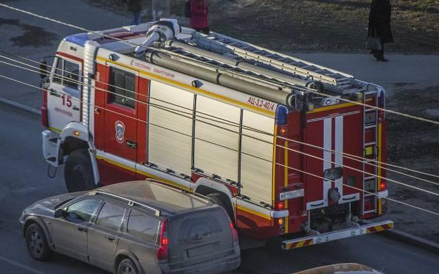 В Оренбургской области локализован пожар на заводе промышленного цинкования
