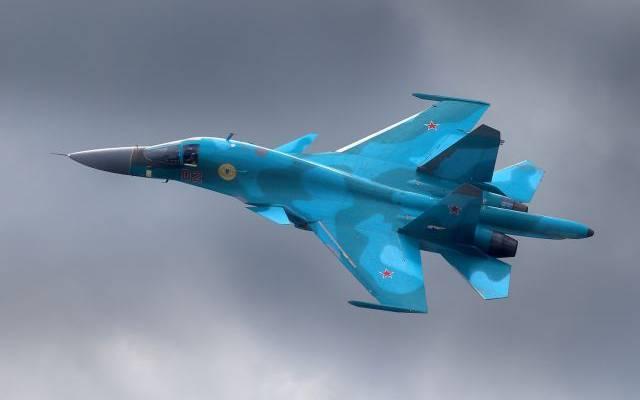 Один из летчиков столкнувшихся Су-34 найден живым