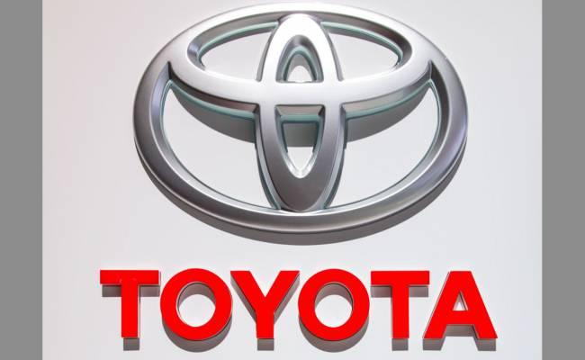 Toyota объявила в России крупный отзыв, который затрагивает восемь моделей