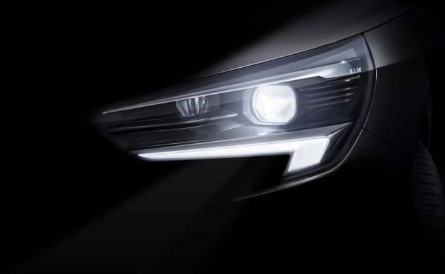 Opel Corsa переезжает на шасси Peugeot Citroen: опубликован первый тизер