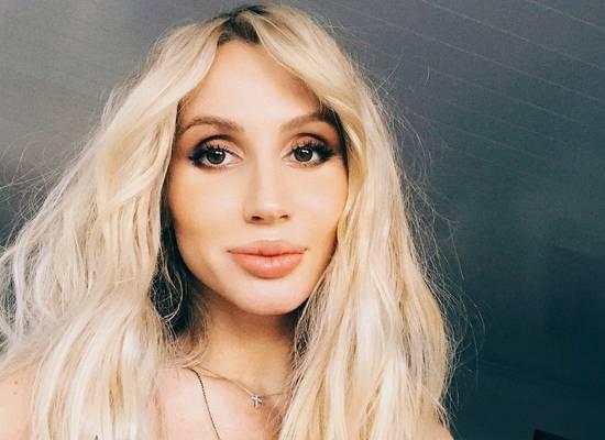 Певица Лобода взбудоражила фанатов новым фото в ванной