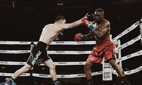 Казахстанский боксер из Top Rank нокаутом реабилитировался за первое поражение в карьере