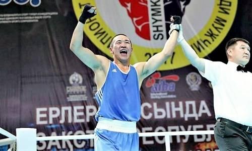 Чемпион Казахстана-2017 перешел в профи