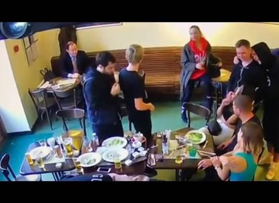 """Мать Кокорина выложила """"мирное"""" видео из кафе с """"негативным"""" Паком"""