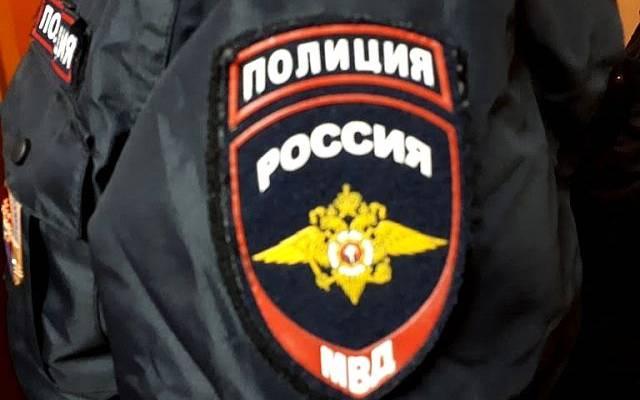 Видео драки с участием полицейских в московском баре появилось в сети