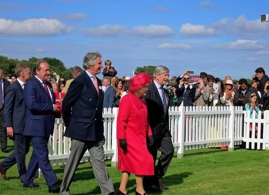 Королеве Елизавете II исполнилось 93 года