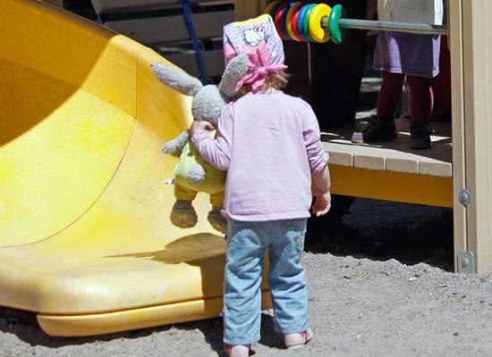 При зачислении в детсады родителей обяжут указывать язык для малышей