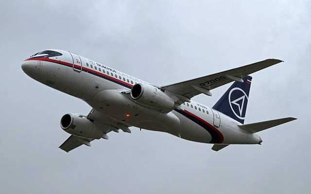 Sukhoi Superjet 100 авиакомпании «Ямал» не смог вылететь из Екатеринбурга
