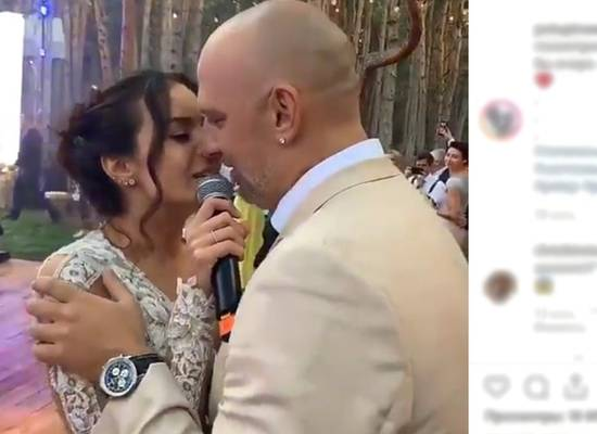Настя Каменских вышла замуж за Потапа с платье за $5 тысяч