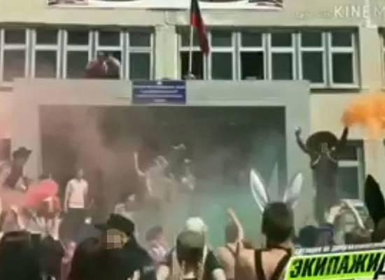Вскрылись итоги проверки БДСМ-вечеринки в школе Владивостока