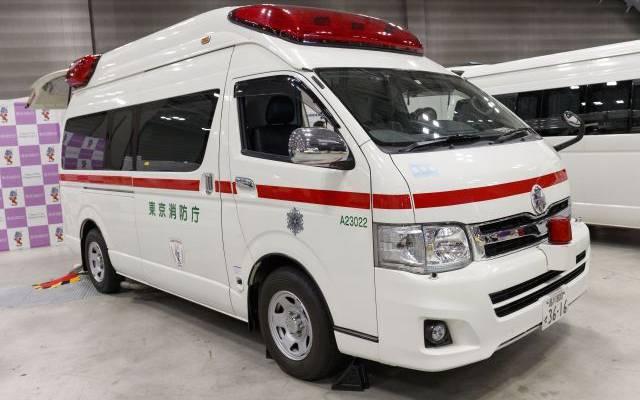 NHK: в Японии пожилая женщина на машине сбила группу детей