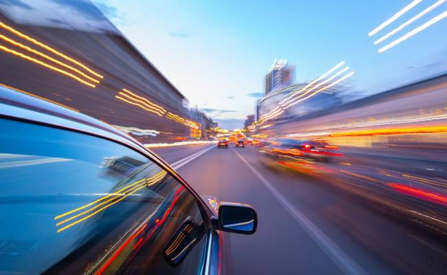 МВД: на существующих дорогах в России можно ездить со скоростью 150 км/ч