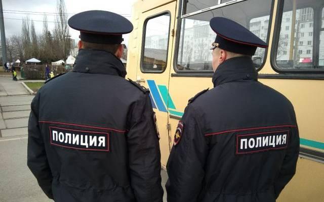 Напавший на полицейских в Сургуте был сотрудником МЧС - СМИ
