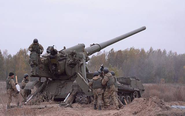 В ЛНР сообщили, что украинские силовики открыли огонь по офицерам СЦКК
