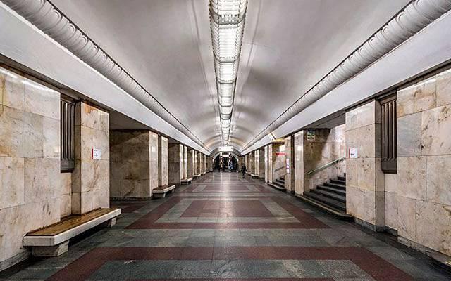 Мужчина упал под поезд на станции «Алтуфьево» в московском метро
