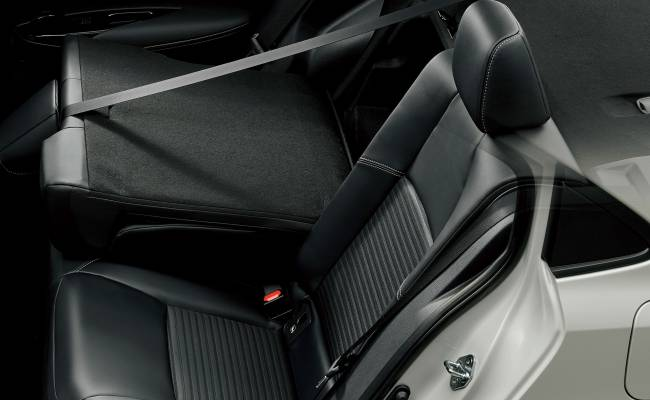 Toyota «уменьшила» новую Короллу специально для японского рынка