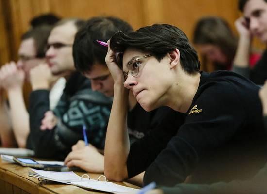 Судья КС выказал недоверие дипломам российских вузов