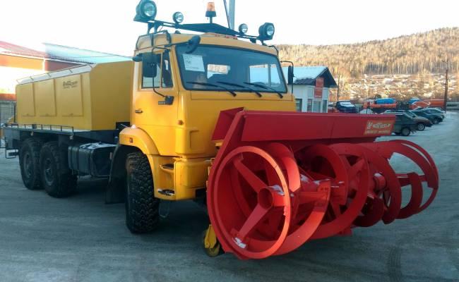 На КАМАЗе создали снегоуборочную машину с безумной производительностью