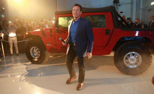 Выпуск электрического Hummer станет частью плана GM по электрификации внедорожников и пикапов