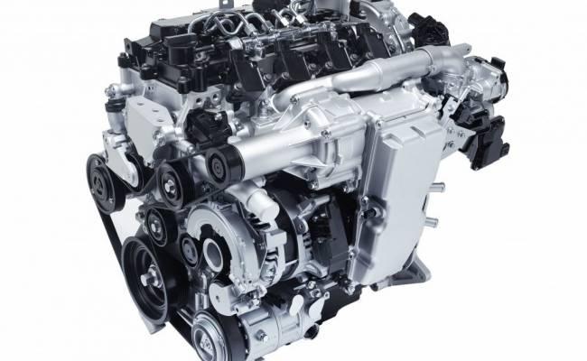 Mazda работает над инновационным дизельным двигателем