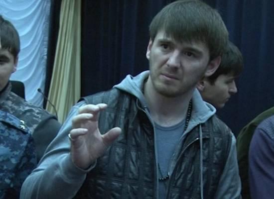 Племянника Кадырова проверят из-за видео с пытками