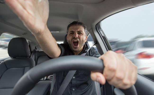 Стало известно, что раздражает российских водителей больше всего