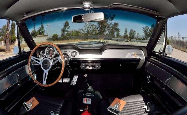 Купить часть истории: с молотка уйдет Ford Shelby Mustang Eleanor 1967 года из фильма «Угнать за 60 секунд»