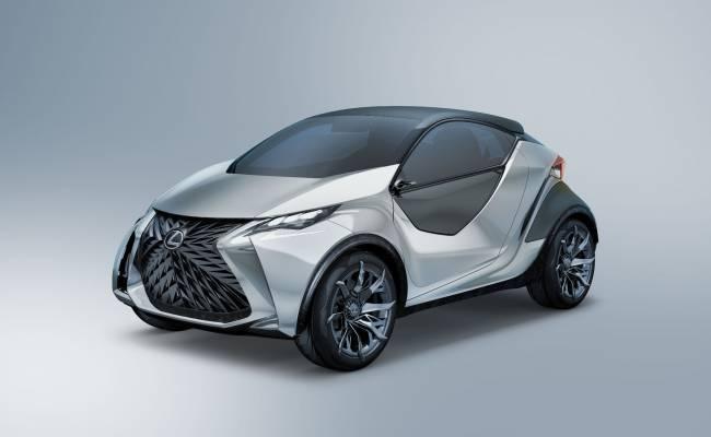 Lexus готовится к премьере своего первого серийного электрокара