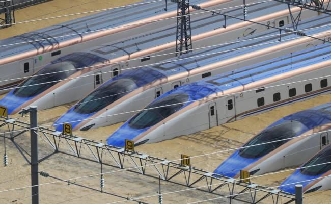 Поврежденные во время тайфуна японские скоростные поезда отправят на металлолом
