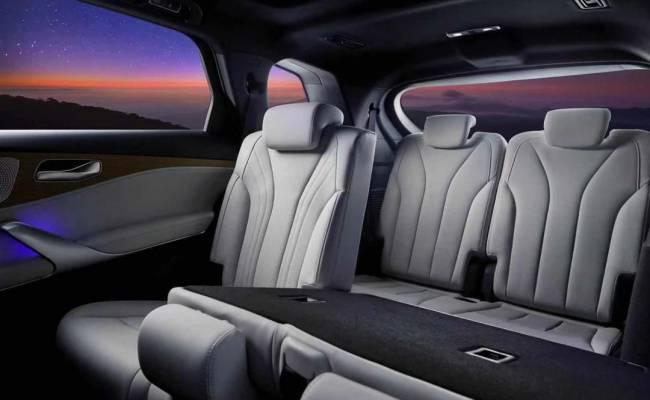 Daimler AG полностью раскрыл серийный кроссовер Denza