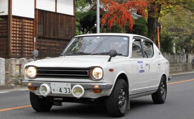Фоторепортаж с фестиваля ретро-автомобилей в Японии