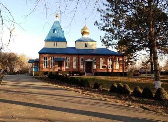 На Кубани начались похороны аспирантки СПбГУ Анастасии Ещенко