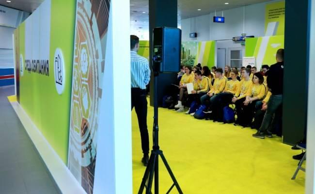 Школьники заинтересовались энергетикой: участники всероссийского форума «ПроеКТОриЯ» решили задачи «Россетей»