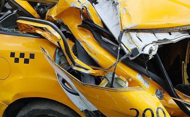 Количество ДТП с участием такси растет шокирующими темпами
