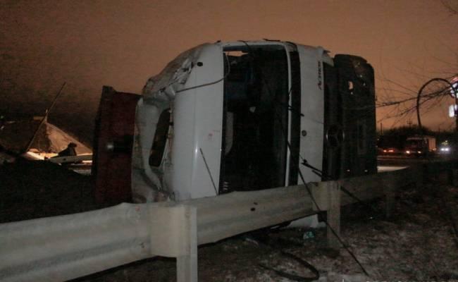 В Оренбурге рухнул автомобильный мост (ФОТО и ВИДЕО)