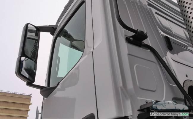Первые ФОТО нового самосвала КАМАЗ с суперсовременной кабиной от Mercedes-Benz