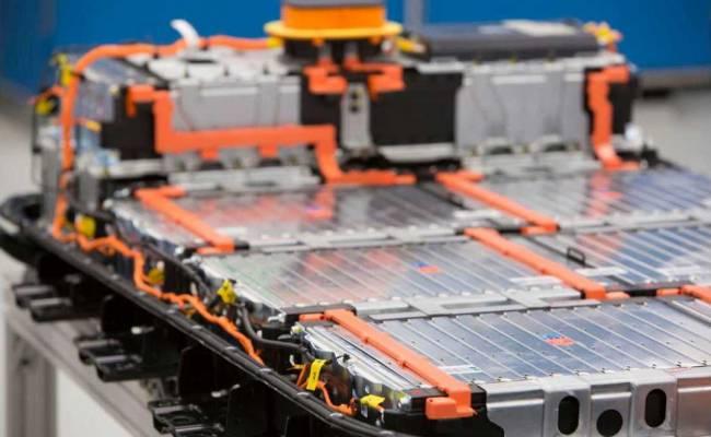 GM и LG Chem будут выпускать аккумуляторы на совместной фабрике в США