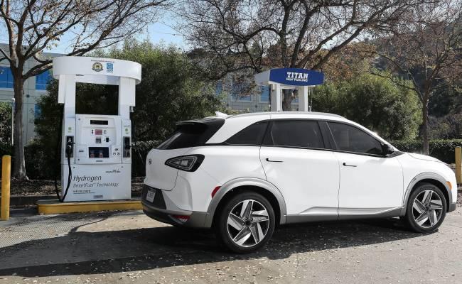 Hyundai и Росатом проводят переговоры о заправках для водородомобилей
