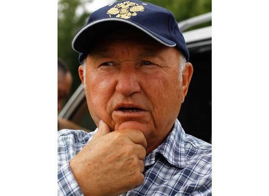 Лужков колебался перед смертельной операцией