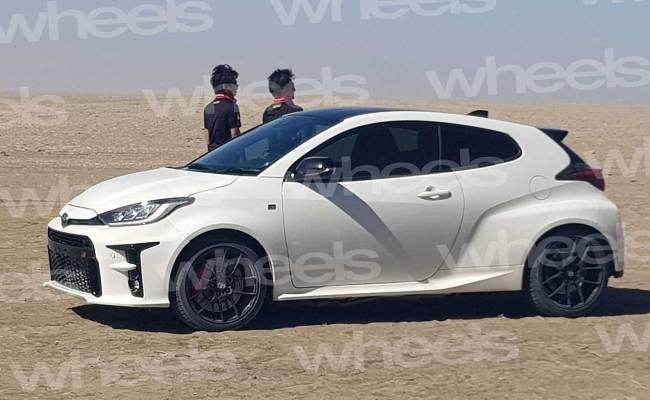 В Сеть попали первые фото Toyota Yaris GR-4: это настоящий хот-хэтч!
