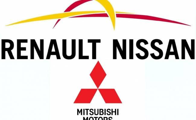 Nissan прокомментировал информацию о выходе из альянса с Renault и Mitsubishi