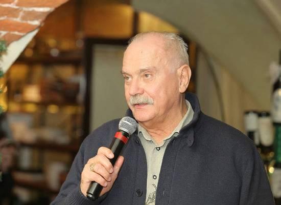 """Суд анонсировал рассмотрение жалобы Михалкова на отказ регистрировать """"Бесогон"""""""