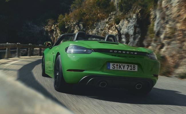 Объявлена цена Porsche 718 GTS 4.0 в России: почти как Супра