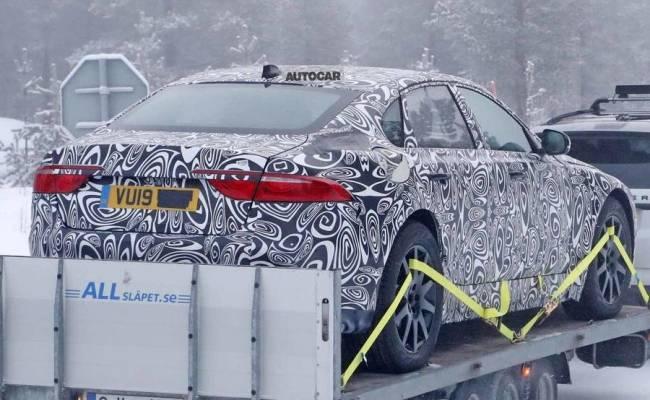 Впервые замеченный Jaguar XJ следующего поколения преподнесет большой сюрприз