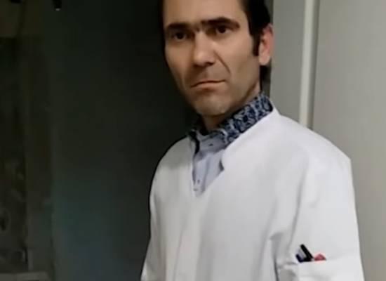 Пациентка опубликовала видео общения с пьяным уральским врачом