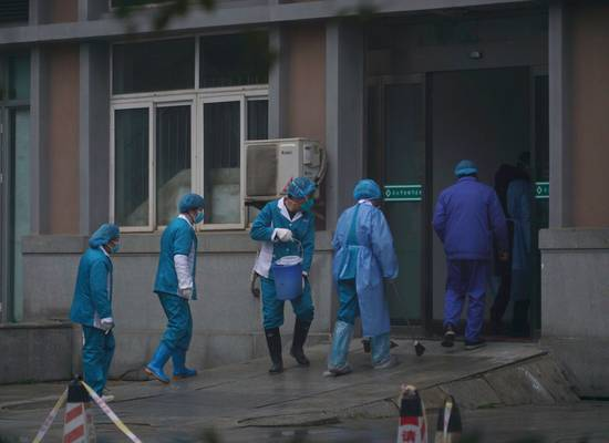 Онищенко высказал мнение о происхождении коронавируса и его опасности