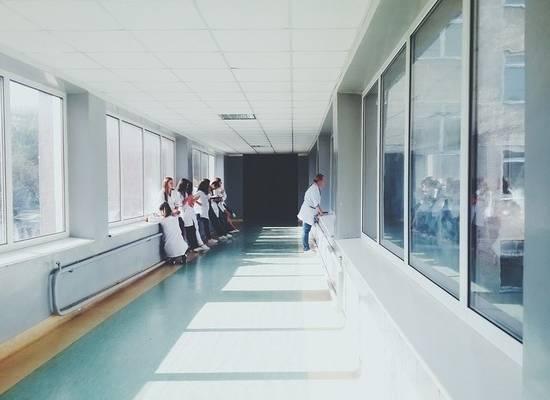 В Екатеринбурге суд принудительно госпитализировал двух детей из-за коронавируса
