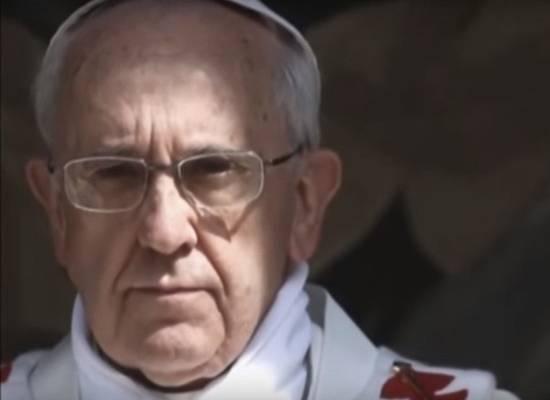 Ватикан заявил, что Папа Римский заболел коронавирусом