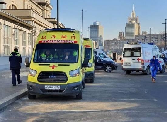 Стало известно, у кого подозревают коронавирус в Москве