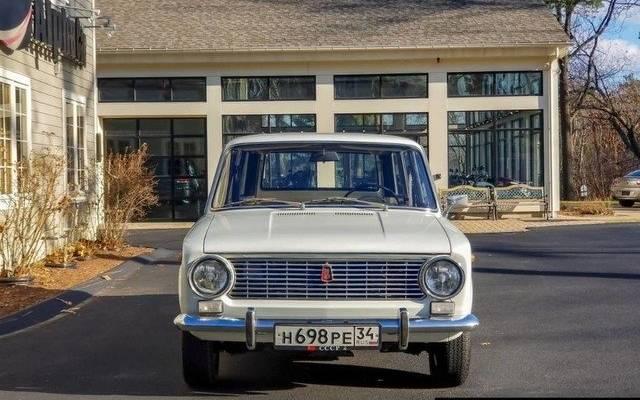 В США ВАЗ-2102 продали почти за 1,5 млн рублей